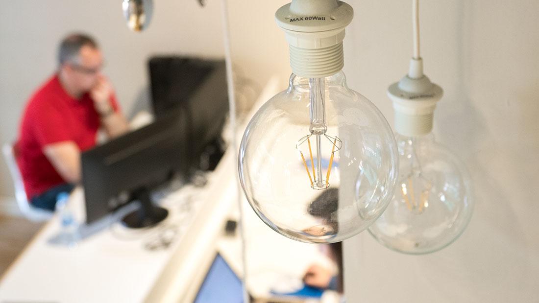 m5 pop up detalles lámpara alquiler oficinas valladolid